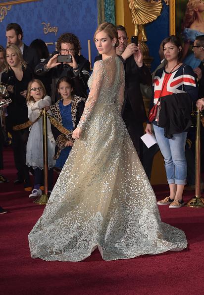 """El Capitan Theatre「Premiere Of Disney's """"Cinderella"""" - Arrivals」:写真・画像(18)[壁紙.com]"""