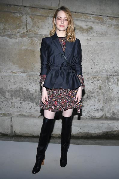 Emma Stone「Louis Vuitton : Front Row  - Paris Fashion Week Womenswear Fall/Winter 2018/2019」:写真・画像(9)[壁紙.com]