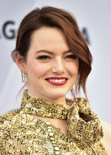 Emma Stone「25th Annual Screen ActorsGuild Awards - Arrivals」:写真・画像(19)[壁紙.com]