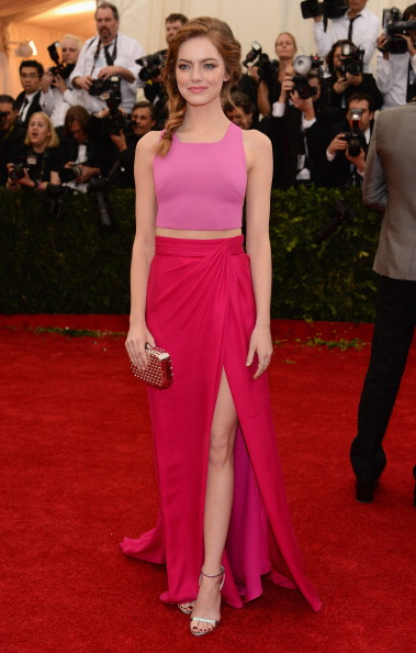 "Emma Stone「""Charles James: Beyond Fashion"" Costume Institute Gala - Arrivals」:写真・画像(9)[壁紙.com]"