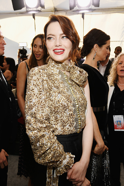 Emma Stone「25th Annual Screen Actors Guild Awards - Red Carpet」:写真・画像(14)[壁紙.com]
