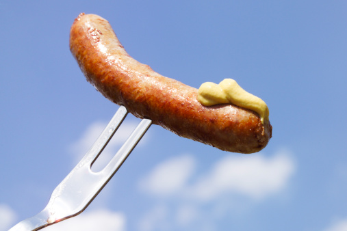 Fork「fGerman Bratwurst, fried sausage with mustard」:スマホ壁紙(4)