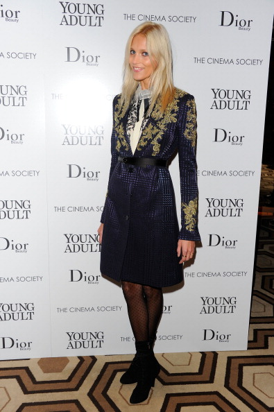 """Young & Beautiful - Film「Cinema Society & Dior Beauty Host A Screening Of """"Young Adult"""" - Inside Arrivals」:写真・画像(5)[壁紙.com]"""