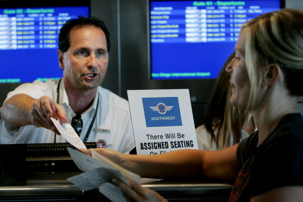 Airport Departure Area「Southwest Airlines Begins Experiment With Assigned Seating」:写真・画像(12)[壁紙.com]