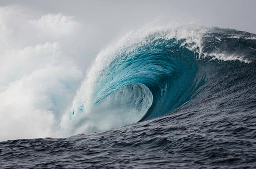 Wave「巨大な遮断波」:スマホ壁紙(14)
