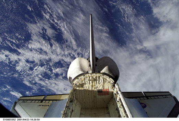 Space Shuttle Endeavor「Endeavour During STS-100」:写真・画像(11)[壁紙.com]