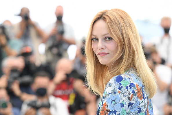 """Vanessa Paradis「""""Cette Musique Ne Joue Pour Personne (This Music Doesn't Play For Anyone)"""" Photocall - The 74th Annual Cannes Film Festival」:写真・画像(7)[壁紙.com]"""