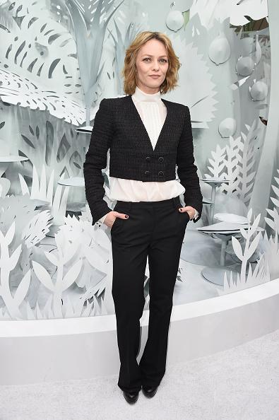 ヴァネッサ・パラディ「Chanel : Front Row - Paris Fashion Week - Haute Couture S/S 2015」:写真・画像(18)[壁紙.com]