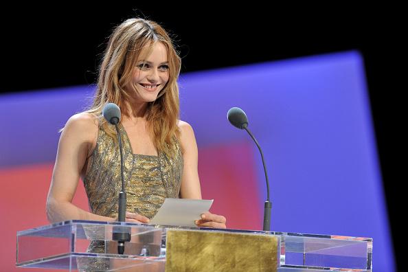 ヴァネッサ・パラディ「Cesar Film Awards 2010 - Show」:写真・画像(7)[壁紙.com]