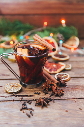 Spice「Glass of mulled wine and ingredients」:スマホ壁紙(17)