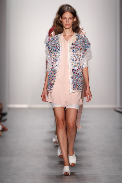 Embellished Jacket「Malaikaraiss Show - Mercedes-Benz Fashion Week Spring/Summer 2015」:写真・画像(10)[壁紙.com]