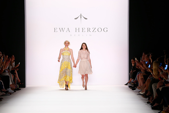 Gratitude「Ewa Herzog Show - Mercedes-Benz Fashion Week Berlin Spring/Summer 2017」:写真・画像(9)[壁紙.com]
