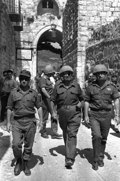 Old Town「Israeli Defense Minister Moshe Dayan...」:写真・画像(10)[壁紙.com]