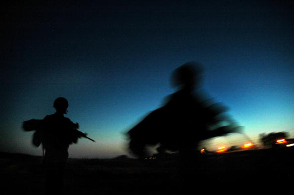 Back Lit「IDF Soldiers Patrol The Gaza Strip」:写真・画像(18)[壁紙.com]