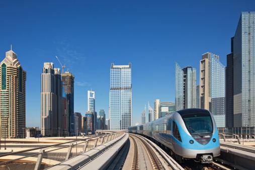 Subway Train「Dubai Metro」:スマホ壁紙(19)