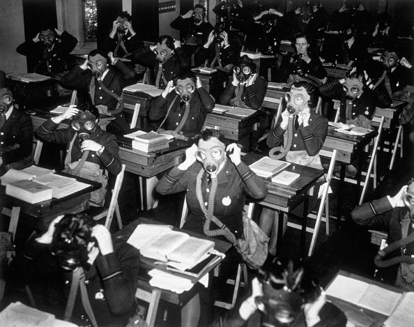 Classroom「Mask Drill」:写真・画像(2)[壁紙.com]