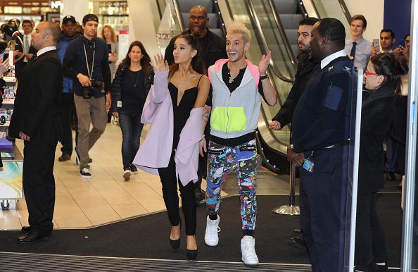 Ariana Grande「Ariana Grande - Meet-And-Greet」:写真・画像(4)[壁紙.com]