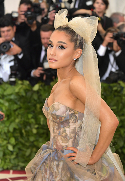 Ariana Grande「Heavenly Bodies: Fashion & The Catholic Imagination Costume Institute Gala - Arrivals」:写真・画像(7)[壁紙.com]
