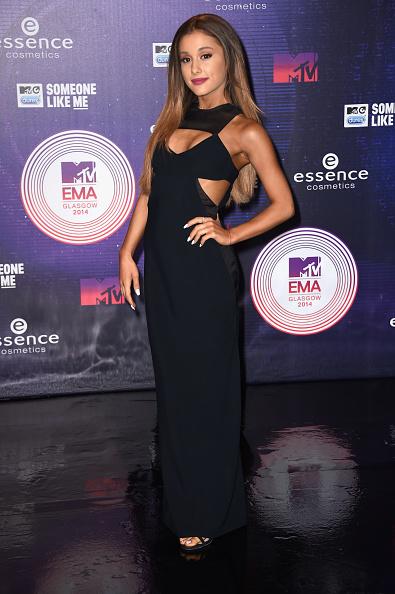 黒「MTV EMA's 2014 - Red Carpet Arrivals」:写真・画像(16)[壁紙.com]