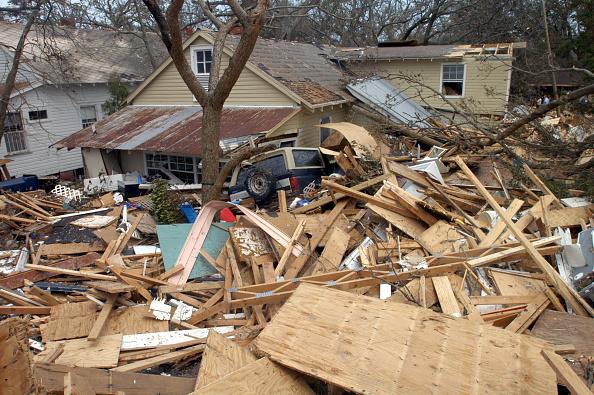 環境保護「Hurricane Katrina's Devastation Apparent As Toll Mounts」:写真・画像(18)[壁紙.com]