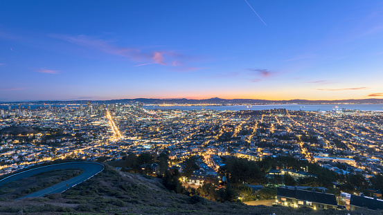 San Francisco - California「San Francisco cityscape in sunrse」:スマホ壁紙(7)