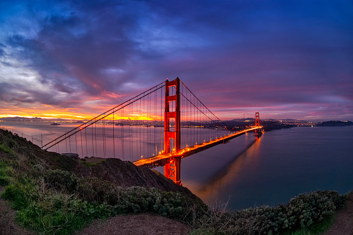 Pacific Ocean「San Francisco Bay and Golden Gate Bridge at sunrise.」:スマホ壁紙(9)