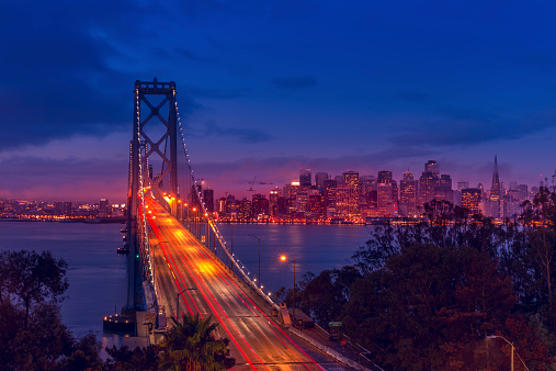 Bay Horse「San Francisco skyline and Bay Bridge at sunrise」:スマホ壁紙(16)