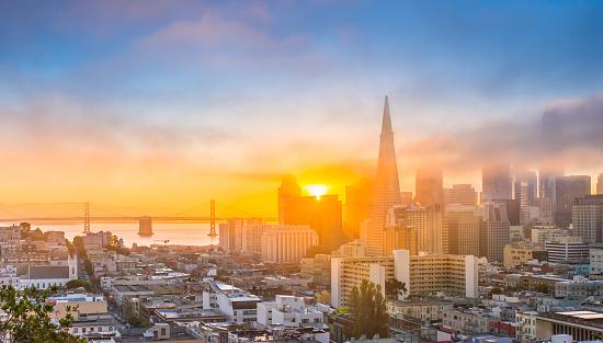 Pyramid Shape「San Francisco Skyline at Sunrise」:スマホ壁紙(3)