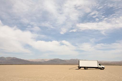 Lost「Truck in the Desert」:スマホ壁紙(7)