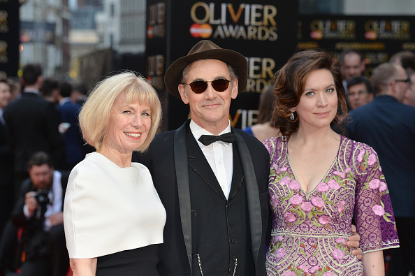 Grove「The Olivier Awards With Mastercard - Red Carpet Arrivals」:写真・画像(19)[壁紙.com]
