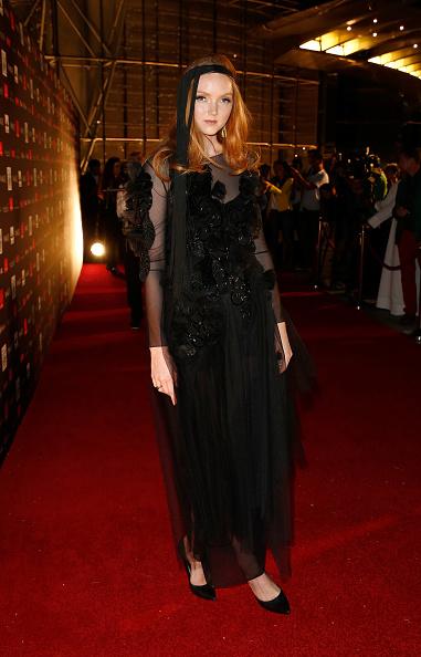 1人「Vogue Fashion Dubai Experience - Gala Event Arrivals」:写真・画像(7)[壁紙.com]