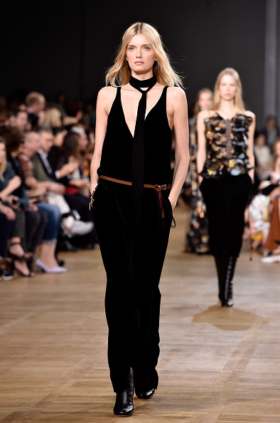 Black Jumpsuit「Chloe : Runway - Paris Fashion Week Womenswear Fall/Winter 2015/2016」:写真・画像(9)[壁紙.com]