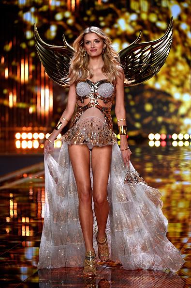 Embellishment「2014 Victoria's Secret Fashion Show - Runway」:写真・画像(14)[壁紙.com]