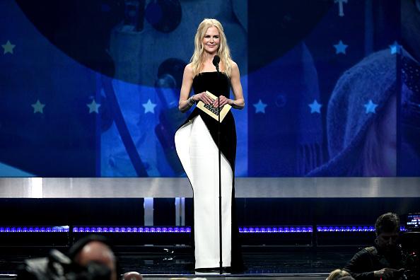 ちりめん生地「The 24th Annual Critics' Choice Awards - Show」:写真・画像(1)[壁紙.com]