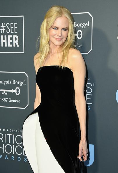 ちりめん生地「The 24th Annual Critics' Choice Awards - Arrivals」:写真・画像(7)[壁紙.com]