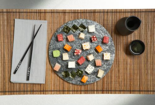 Chopsticks「sushi on a platter」:スマホ壁紙(19)