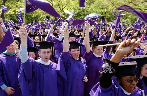 University「NYU Graduates One Hundred And Seventy First Class」:写真・画像(16)[壁紙.com]