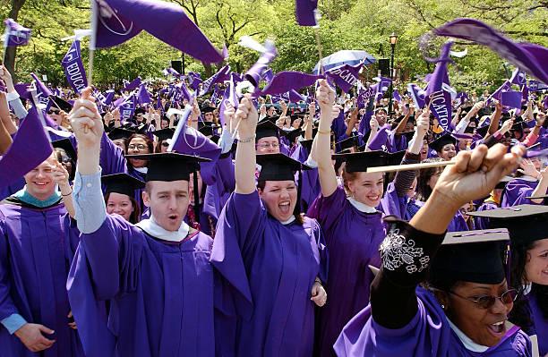 NYU Graduates One Hundred And Seventy First Class:ニュース(壁紙.com)