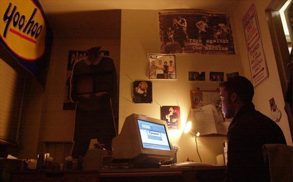 Teenager「(FILE PHOTO) Music Business on the Rocks」:写真・画像(12)[壁紙.com]