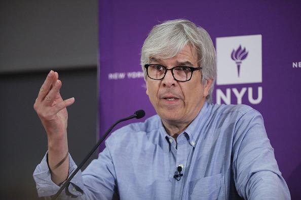 Award「New York University Prof. Paul Romer Shares 2018 Nobel Prize In Economics」:写真・画像(11)[壁紙.com]