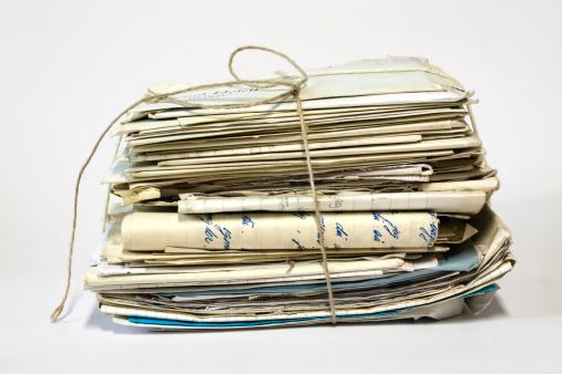Letter - Document「Bundle of old letters with string.」:スマホ壁紙(16)