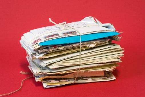 積み上げる「バンドルの古い love letters ます。」:スマホ壁紙(14)