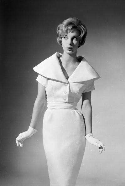 Simplicity「Town Dress」:写真・画像(13)[壁紙.com]