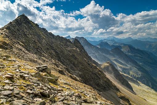 European Alps「Austria, Ankogel group, View of Anlauf Valley」:スマホ壁紙(6)