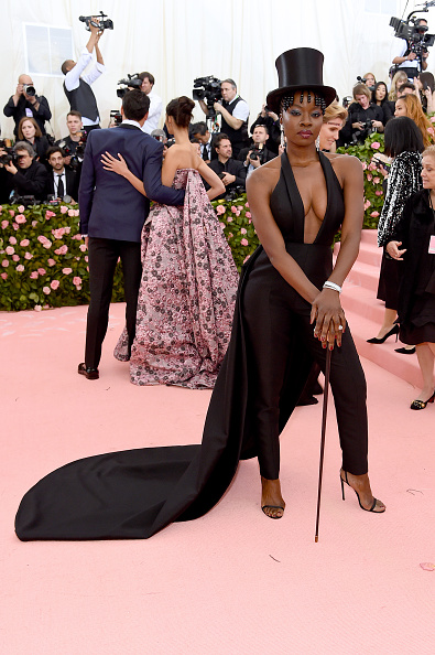 Silver Colored「The 2019 Met Gala Celebrating Camp: Notes on Fashion - Arrivals」:写真・画像(1)[壁紙.com]