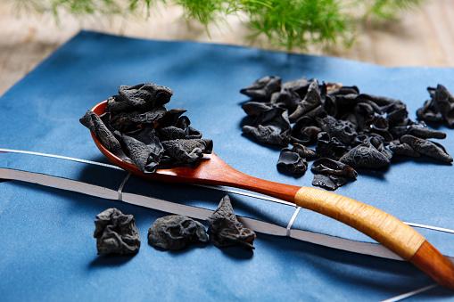 キクラゲ「Neat black fungus」:スマホ壁紙(19)