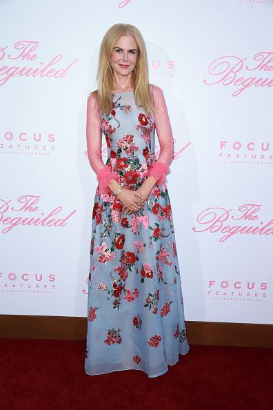 ニコール・キッドマン「Premiere Of Focus Features' 'The Beguiled' - Arrivals」:写真・画像(19)[壁紙.com]