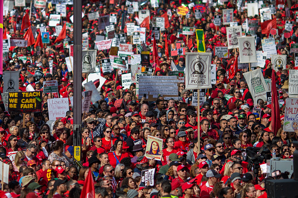 David McNew「Los Angeles Teachers End First Week Of Strike With Friday Rally」:写真・画像(1)[壁紙.com]