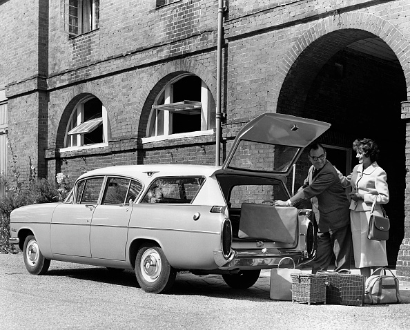 Human Interest「1960 Vauxhall Cresta PA Friary Estate」:写真・画像(17)[壁紙.com]