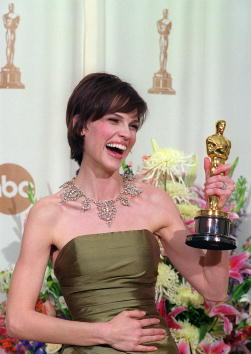 Hilary Swank「72nd Academy Awards」:写真・画像(11)[壁紙.com]